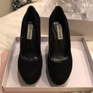 1d473d6e8d2a Steve Madden Shoes - Steve Madden Prissy Black Suede Wedge